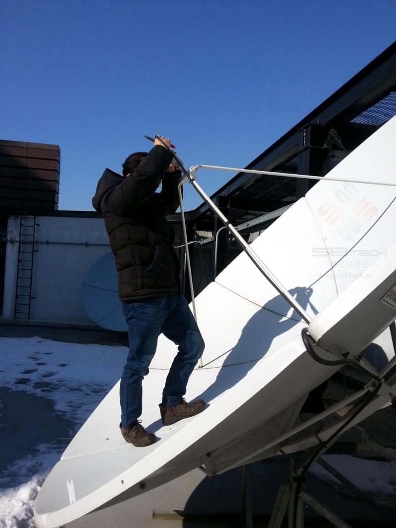 3.2m 위성안테나 LNB 수신점 조정 예제  프라자호텔 위성시스템  에스비테크  httpsbtech.kr