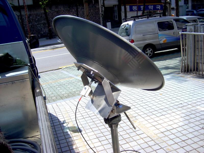 1.2m Ku-band Satellite Antenna with Positioner  카세그레인 안테나  1.2m Ku-band 포지셔너 안테나  하이게인 시험 의뢰  Cassegrain Antenna 에스비테크  httpsbtech…