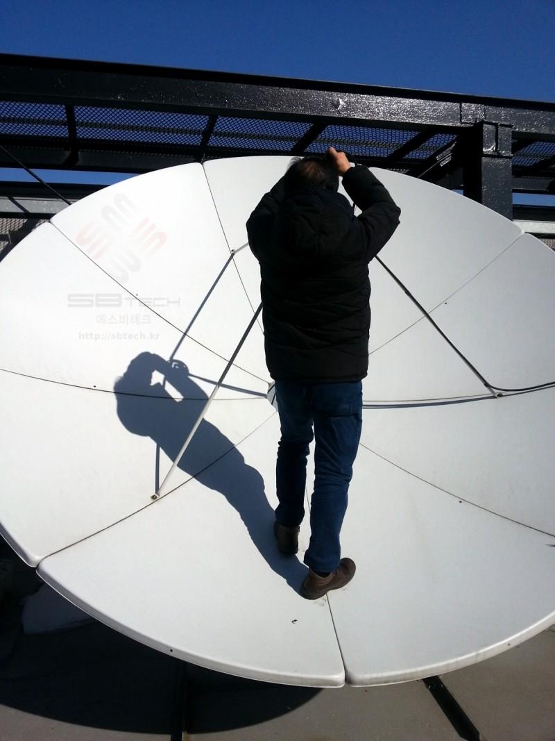 3.2m 위성안테나 설치 사진  프라자호텔 위성시스템  에스비테크  httpsbtech.kr